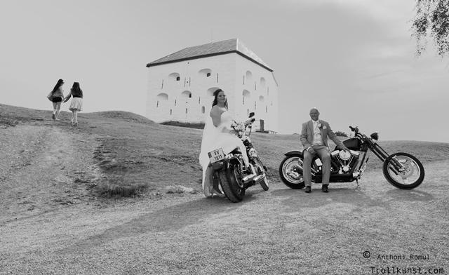 trollkunst65 bryllup foto klæbu  marinen trondheim harley-davidson trondheim fatboy harley hdtrondheim motorsykkel mc klæbu hog parts fat boy skogen